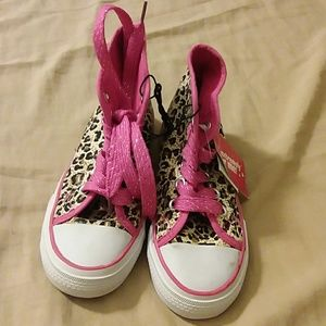 Other - Girls converse